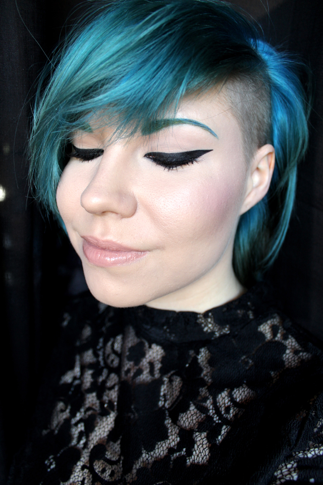 vahva_eyeliner_1