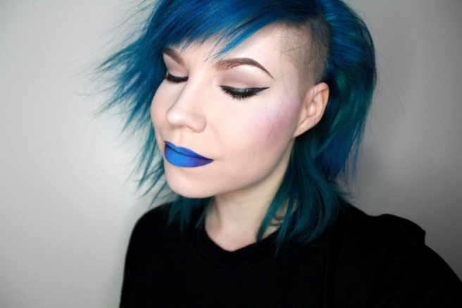 jeffree_star_jawbreaker_blue_velvet_1