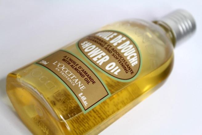 loccitane_almond_oil_suihkugeeli_1