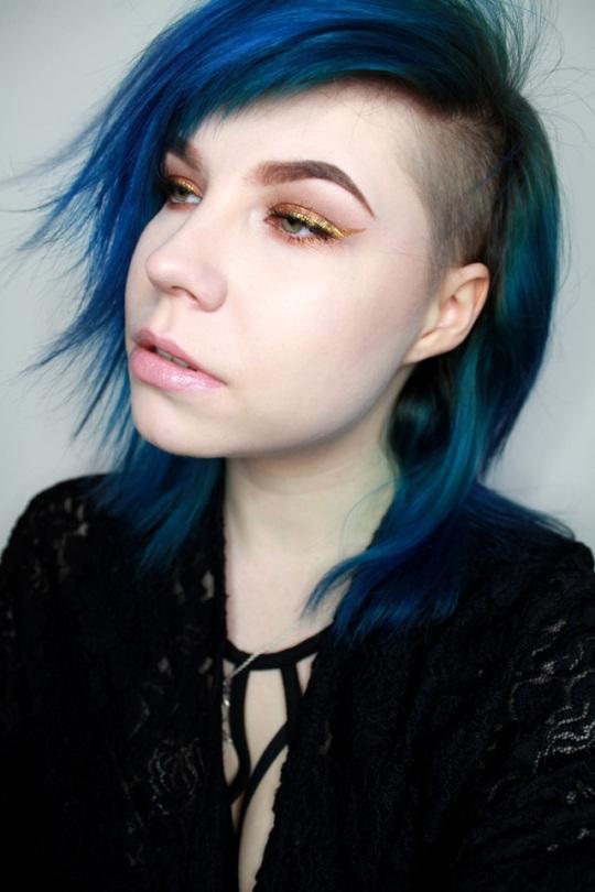 kultainen_eyeliner_1