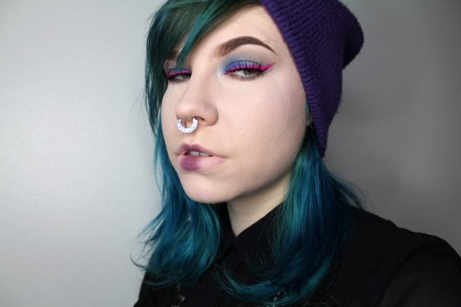 pink_eyeliner_look_1