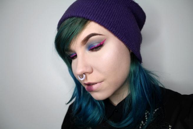 pink_eyeliner_look_2