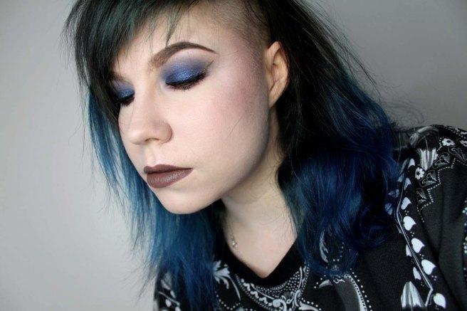 golden_wing_blue_eyeshadow_3